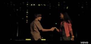 Justin Bieber - Never Let You Go (8)