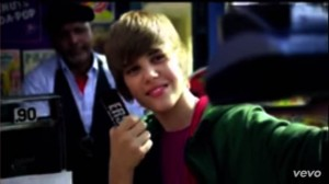 Justin Bieber - One Less Lonely Girl (5)