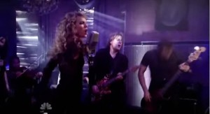Taylor Swift - Haunted (9)