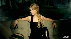 Taylor Swift - Picture To Burn (6)