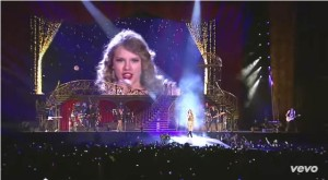 Taylor Swift - Sparks Fly (2)