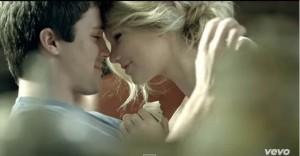 Taylor Swift - White Horse (3)