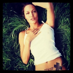angelina jolie hot photos (13)