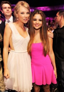 taylor swift and selena gomez best friends (4)