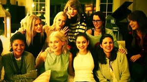 taylor swift friends picture collection (15)