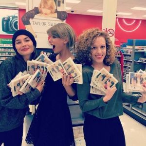 taylor swift abigail anderson BFF  Photo Collection (9)