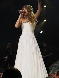 taylor swift inspired prom dress (8)