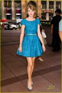 taylor swift cute dress style (6)